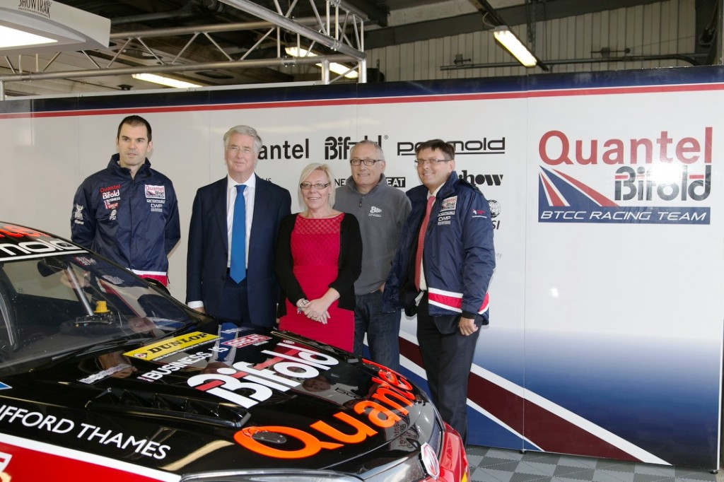 Brands Hatch - Quantel Bifold Racing