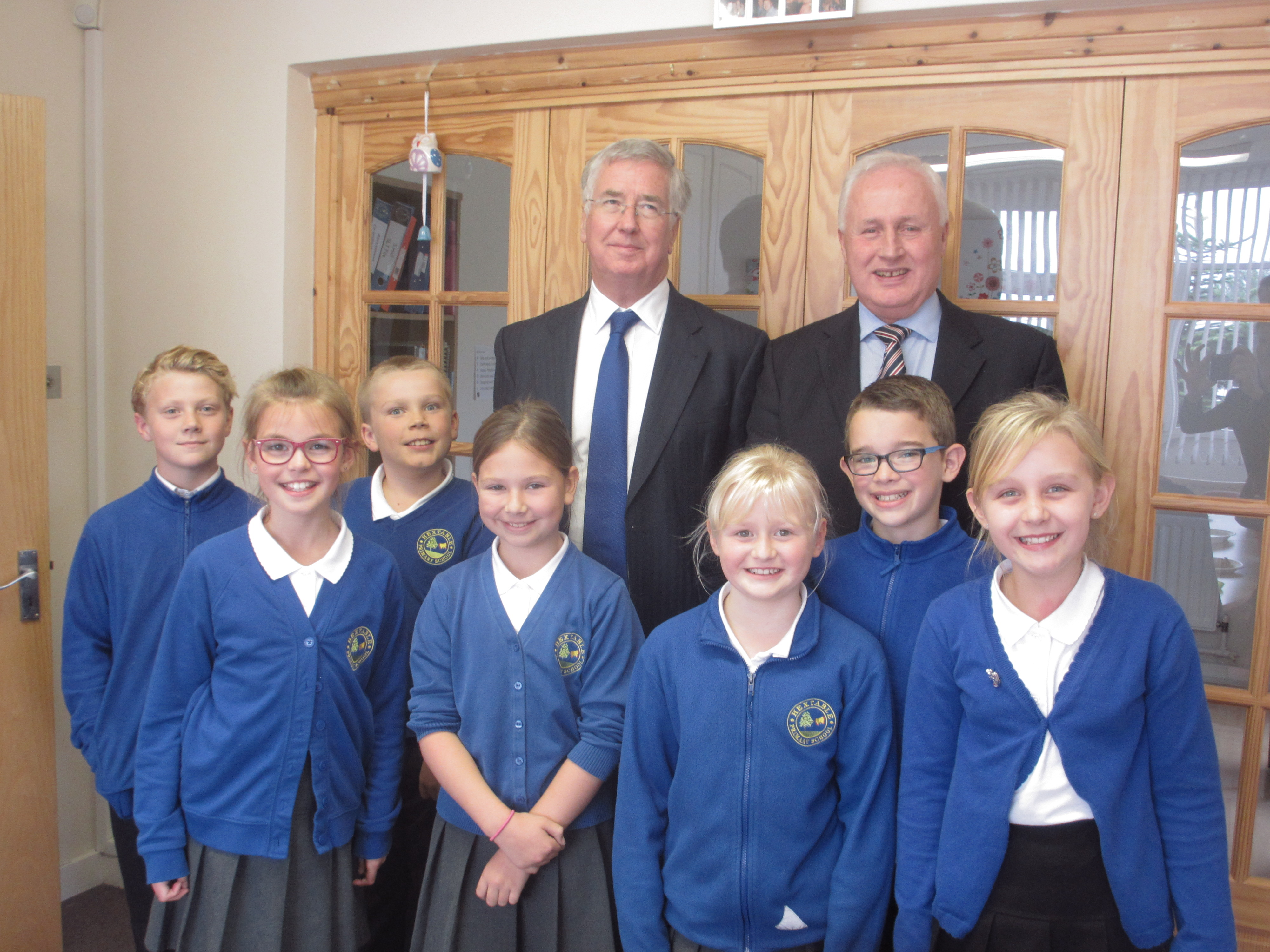 Michael Fallon with Hextable Primary School school council