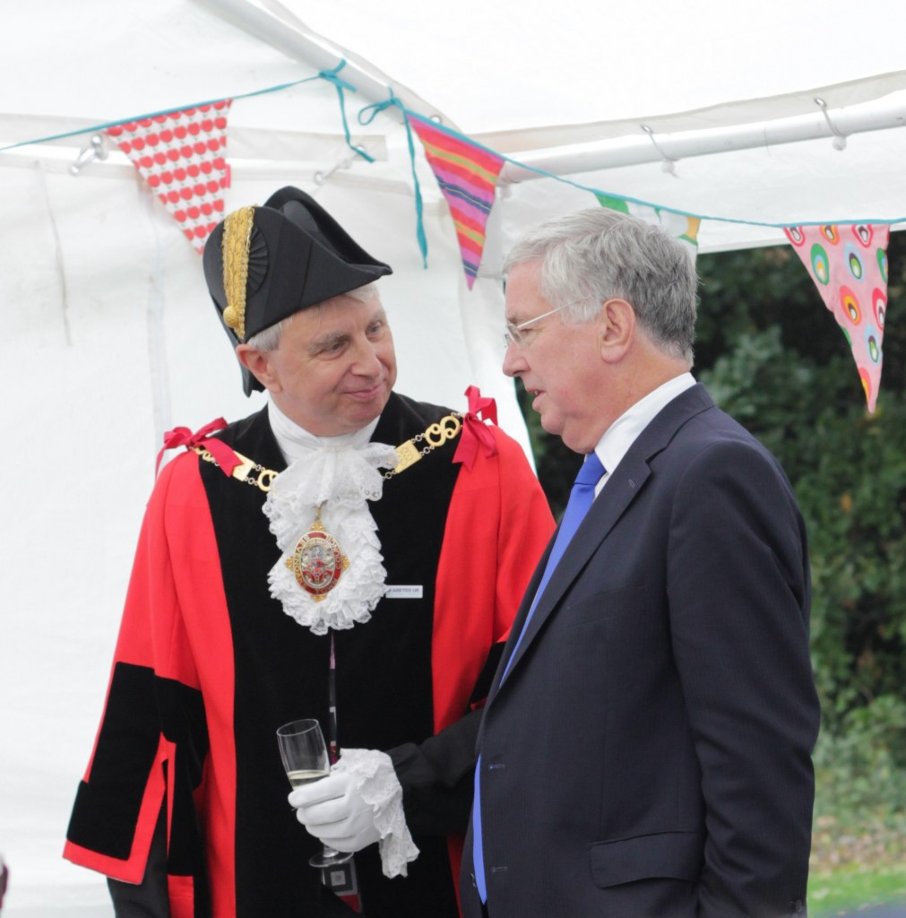 Michael with Cllr Andrew Eyre, Mayor of Sevenoaks, at the opening.