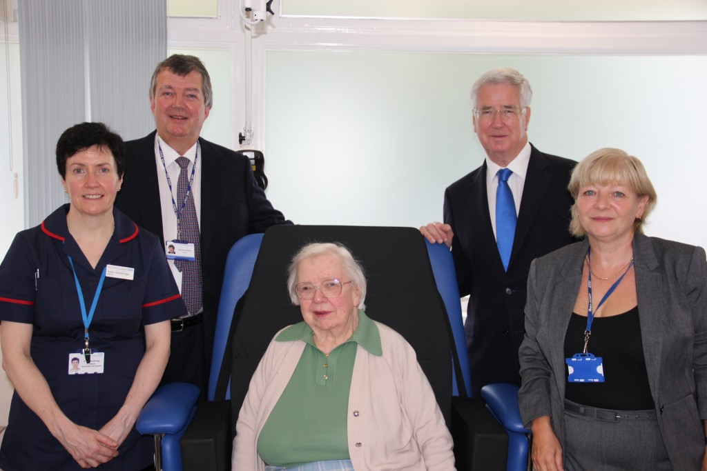 Helen Wooldridge, Matron, David griffiths, Chairman, Patient Monica Wain, Sir Michael Fallon MP and Sue Scott CSD
